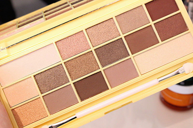 March Favourites Makeup Revolution Chocolate Palette