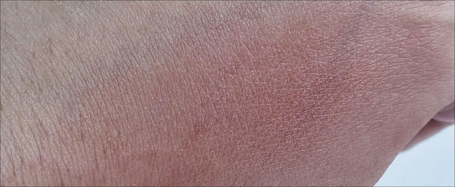 NYX Dusty Rose Blusher swatch